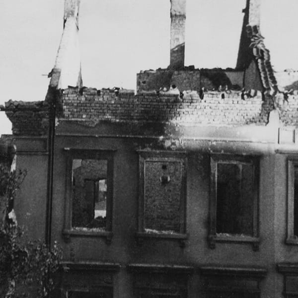 Pfingsten nach dem Bombenangriff
